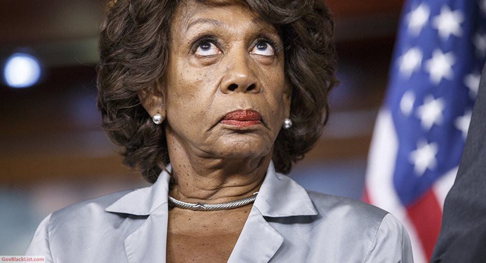 maxine waters trolled
